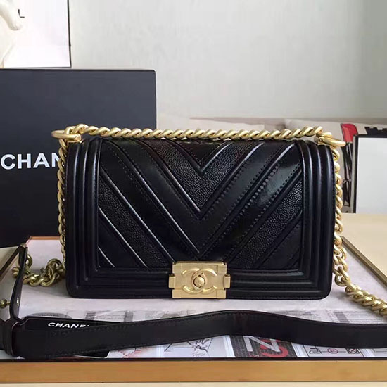 Chanel Chevron Medium Boy Bag Black A67086