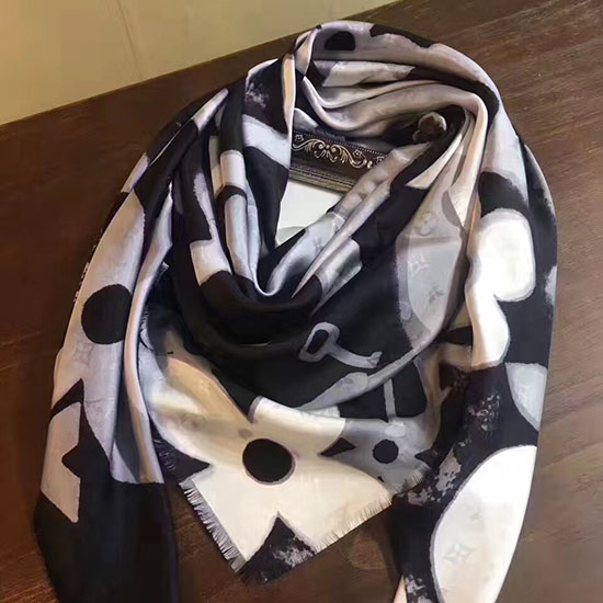 Louis Vuitton Silk Scarf LS148804